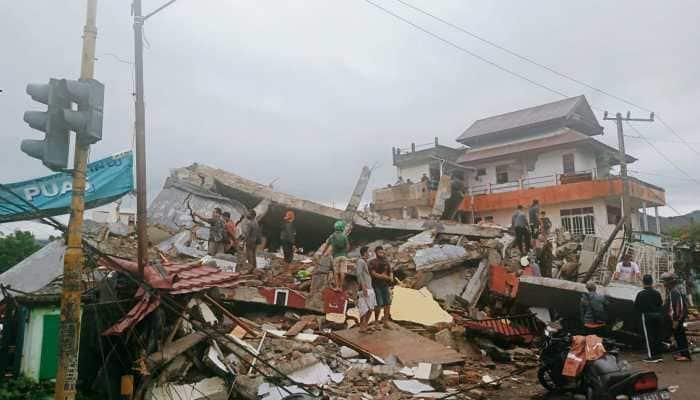 Earthquake of magnitude 6.2 hits Indonesia, kills 7 and injures several