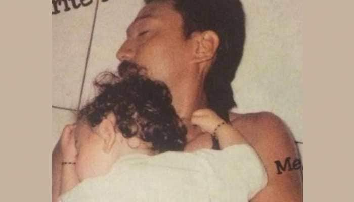 Tiger shroff wishes father Jackie Shroff with adorable throwback picture on his birthday, see photo
