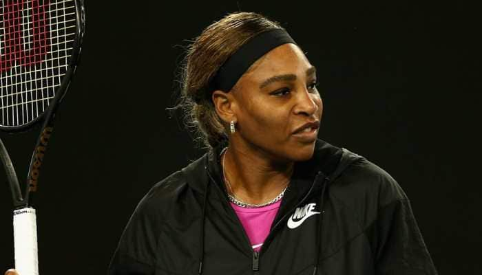 Serena Williams shrugs off shoulder issue, 'relaxed' about Slam record bid