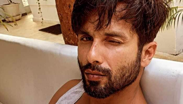 Shahid Kapoor strikes pose in uber cool shades, steals hearts, check out his pic