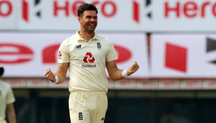 England paceman James Anderson picked up three wickets to dent India's chances on the final day. (Source: Twitter)