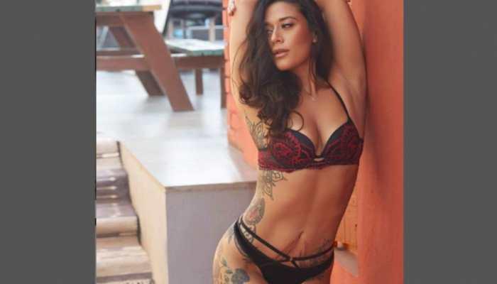 Krishna Shroff sizzles in bikini pic, Disha Patani says 'insane body'