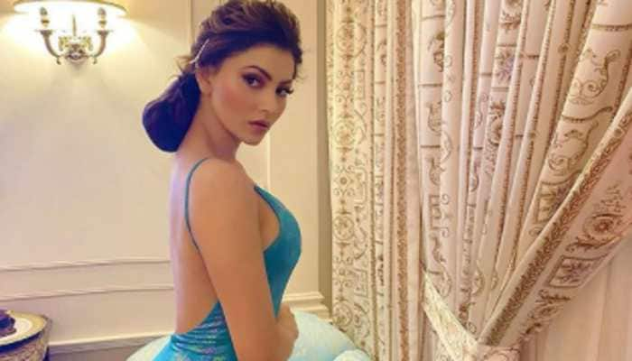 Urvashi Rautela and Guru Randhawa to set the stage on fire at YoYo Honey Singh's sister's wedding reception?