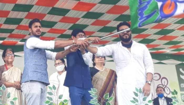 Cricketer Manoj Tiwary joins TMC ahead of West Bengal assembly election