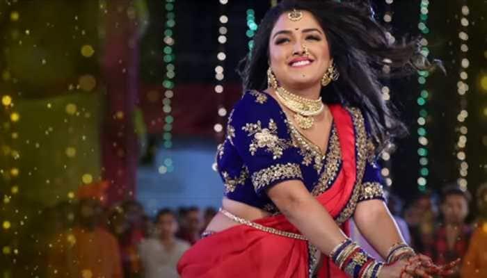 Bhojpuri sizzler Aamrapali Dubey's video on Yo Yo Honey-Neha Kakkar's Saiyaan Ji is unmissable - Watch