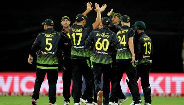 Australian team celebrate their 64-run win over New Zealand in the third T20 at the Westpac Stadium in Wellington. (Source: Twitter)