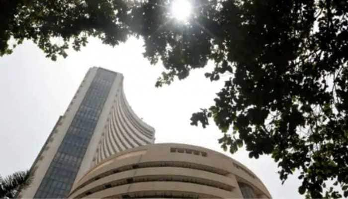 Sensex, Nifty fall for 2nd day as rising US bond yields rattle global investors