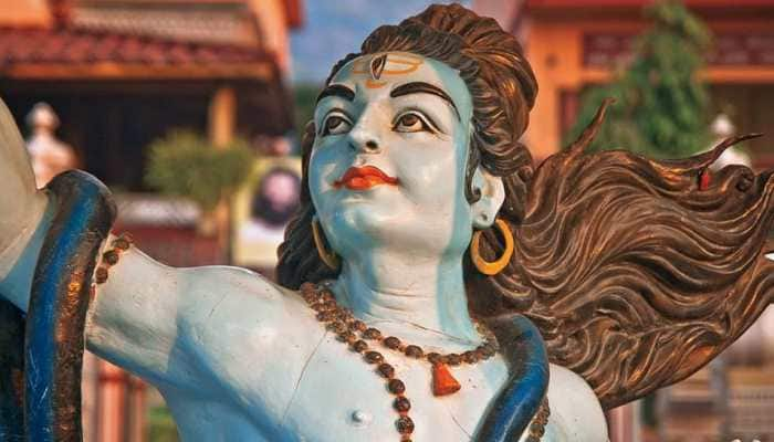 Maha Shivratri 2021: Top WhatsApp, Facebook and Text messages for Lord Shiva-Maa Parvati devotees!
