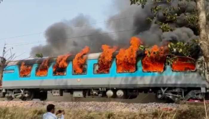 Fire breaks out on Delhi-Dehradun Shatabdi Express train in Uttarakhand