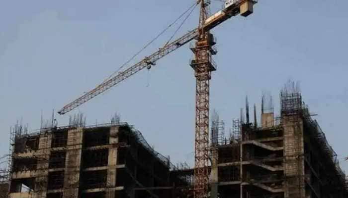 Private builders in Noida to clear dues to put full stop to stalemate over registries