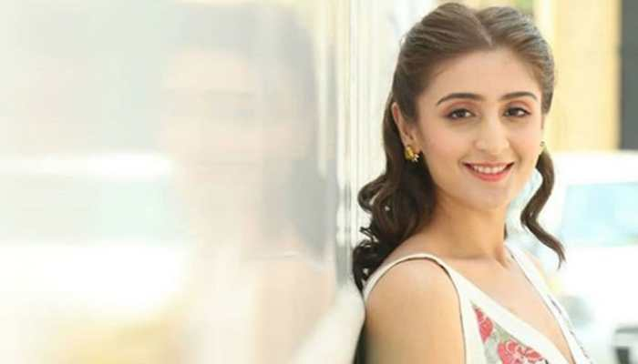 Pop sensation Dhvani Bhanushali's new single 'Radha' to be out on this date!