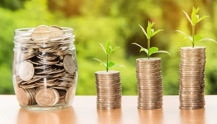 Unable to manage your finances? Follow these easy and smart money hacks to save more