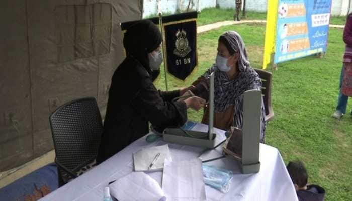 CRPF organises free medical camp in Srinagar, distributes COVID-19 safety kits