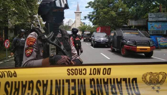 Indonesia church bombing: Suspected suicide bombers hit Sunday Mass, 14 wounded