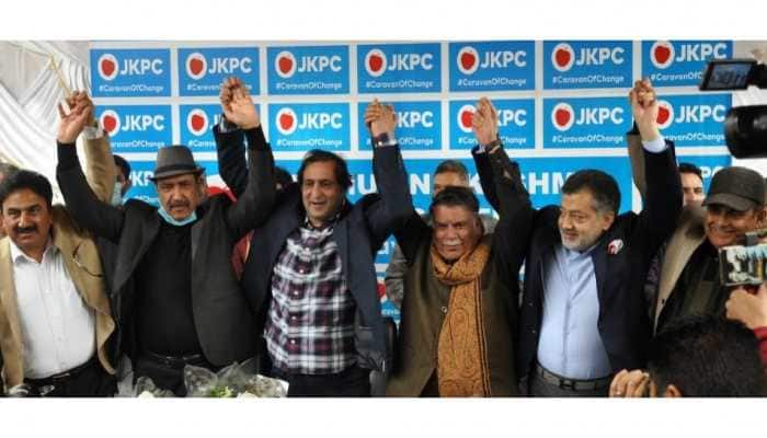 Prominent Kashmir leaders join Sajjad Lone's People's Conference