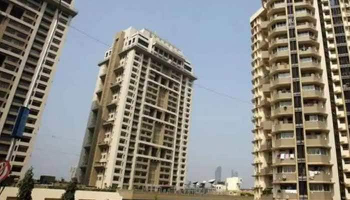 Alert Noida residents: Entire floor of multistorey buildings to be sealed if COVID-19 cases found