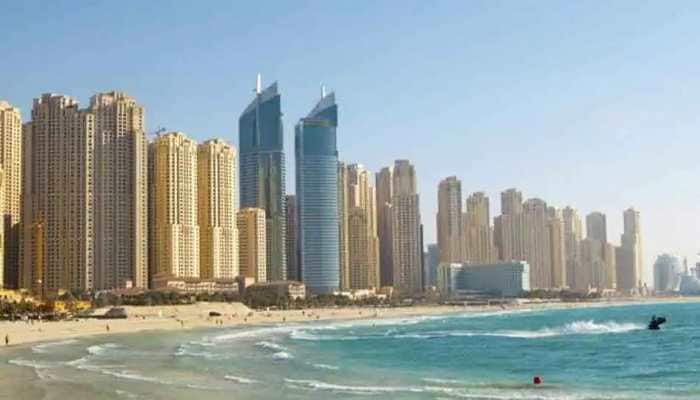 Group of women posing naked on balcony arrested in Dubai