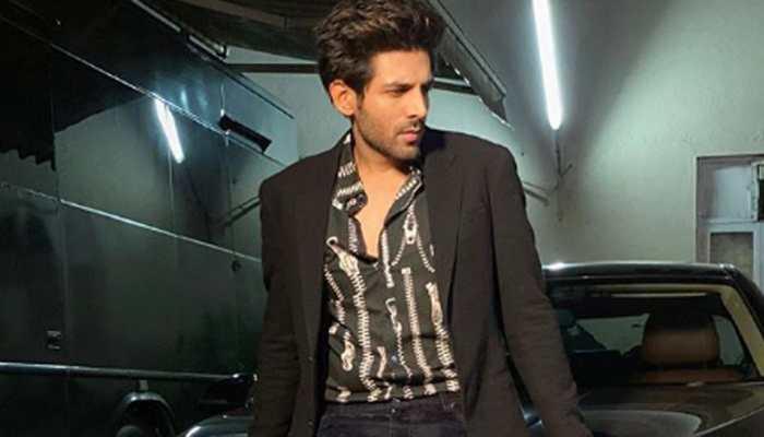 Kartik Aaryan buys swanky black Lamborghini Urus worth crores - Watch video of his 'mehengi cheez'