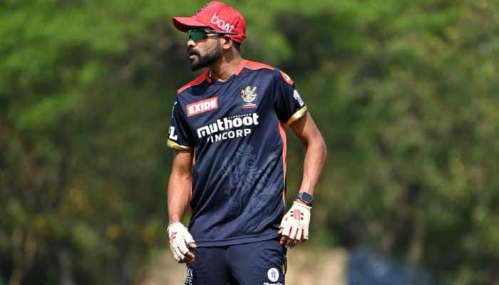 MI vs RCB IPL 2021: Dream is to become India's highest wicket-taker, says Mohammed Siraj
