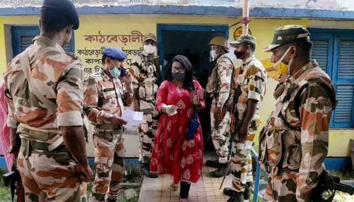 5 dead in Cooch Behar firing, Election Commission adjourns polls at booth no. 126 in West Bengal's Sitalkuchi