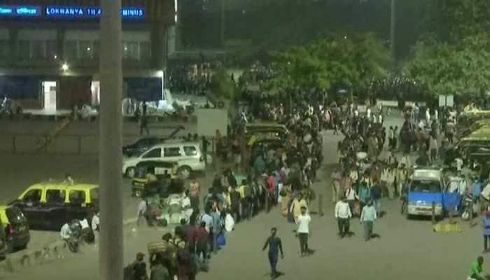 Amid lockdown-like curfew in Maharashtra, exodus of migrant workers begins in state