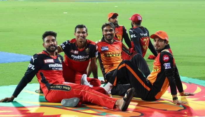 Players from Royal Challengers Bangalore and Sunrisers Hyderabad relax after their IPL 2021 clash in Chennai. (Photo: IPL)