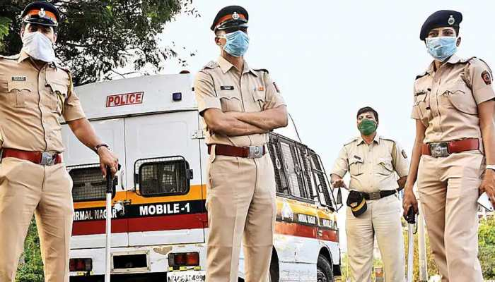 Mumbai police discontinue colour-coded stickers on vehicles amid COVID-19 crisis