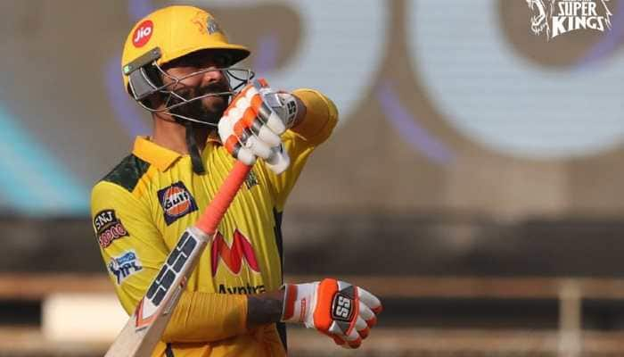 'Ball 6 aur run 37': Virender Sehwag's amusing take at Ravindra Jadeja's 'unbelievable' knock