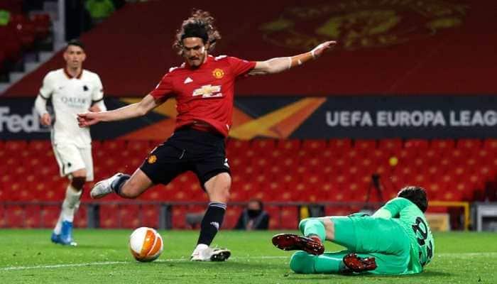 UEFA Europa League: Bruno Fernandes and Edinson Cavani help Manchester United hit AS Roma for six