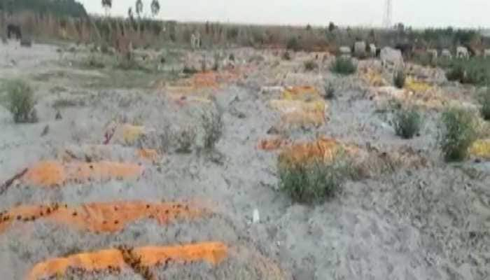COVID-19 deaths? Bodies found buried in sand near Ganga in Uttar Pradesh's Unnao district
