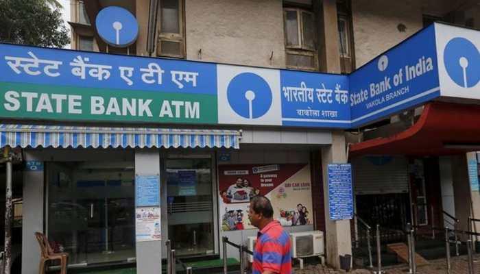 SBI vs PNB vs HDFC Bank vs ICICI Bank vs Axis Bank: Check latest FD rates here