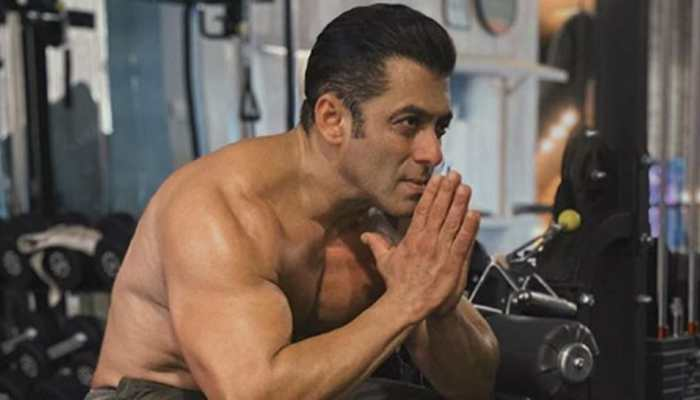Salman Khan gets his second dose of COVID-19 vaccine on Eid 2021