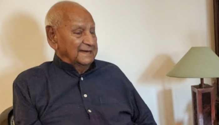 Six-time MP from Amritsar and Congress leader Raghunandan Lal Bhatia dies aged 100, Punjab CM Amarinder Singh condoles death