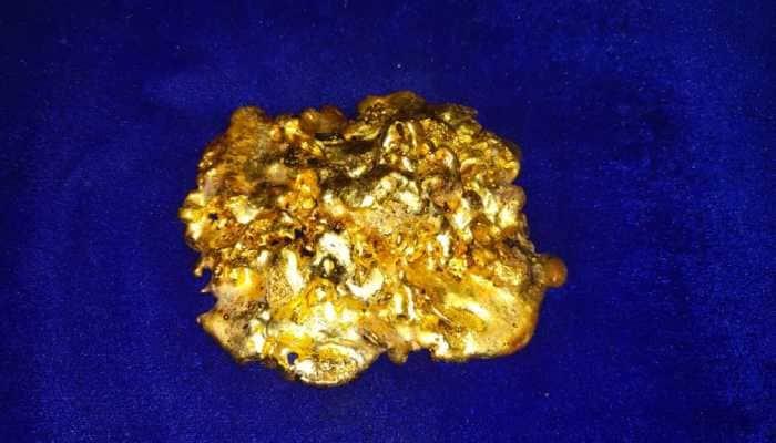 Chennai Air Customs arrest Dubai returnee smuggling over 2 kgs gold