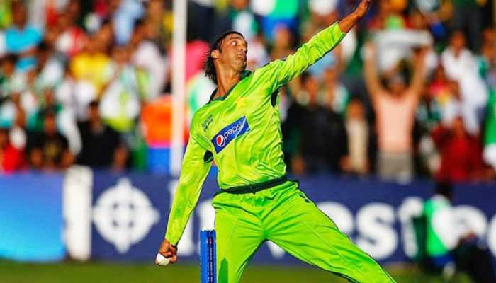Former Pakistan speedster Shoaib Akhtar had threatened me with deadly beamer, reveals THIS India batsman