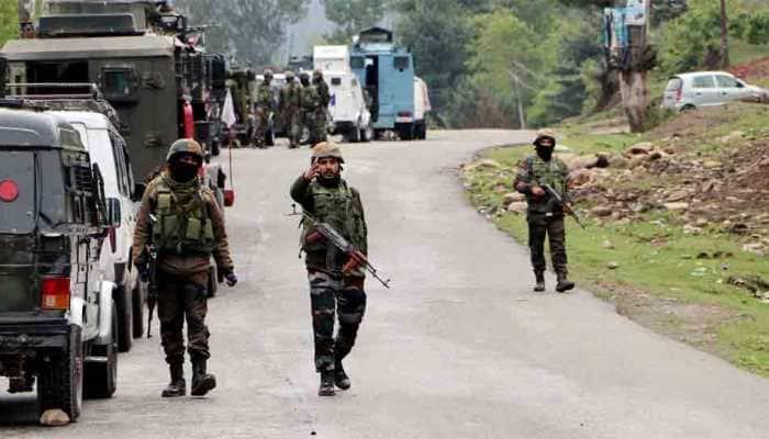 Terrorist associate arrested in Jammu and Kashmir's Kupwara, 3 grenades, 58 Rounds of AK-47 seized