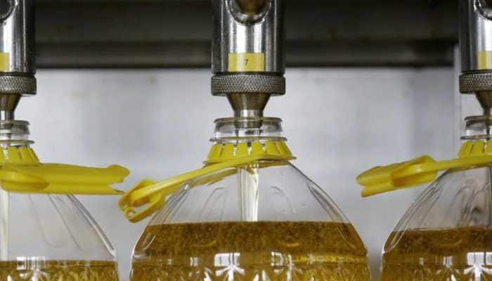 Blending of Mustard oil prohibited, oil can't be sold loose – Check FSSAI's new rules on edible oil effective from June