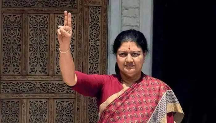 AIADMK expels 16 party members for colluding with VK Sasikala
