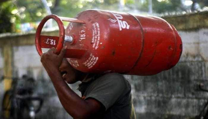 Now you can get LPG gas cylinder at Rs 10 via Paytm app; here's how