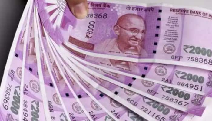 Good news for housewives! No Income Tax scrutiny on cash deposits up to Rs 2.5 lakh post demonetisation