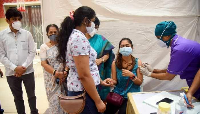 Delhi records slight increase in new COVID-19 cases, 4 more deaths