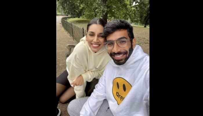India vs England 2021: Jasprit Bumrah enjoys romantic date with wife Sanjana Ganesan in London park, see pic