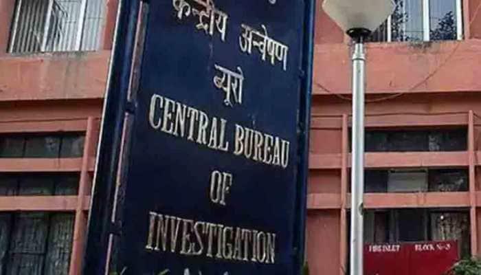 CBI arrests ex-Principal chief mechanical engineer in Rs 50 lakh bribery  case | India News | Zee News
