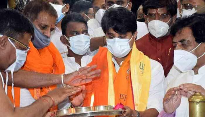 Union Cabinet reshuffle: Jyotiraditya Scindia offers prayers at Ujjain temple ahead of Delhi visit