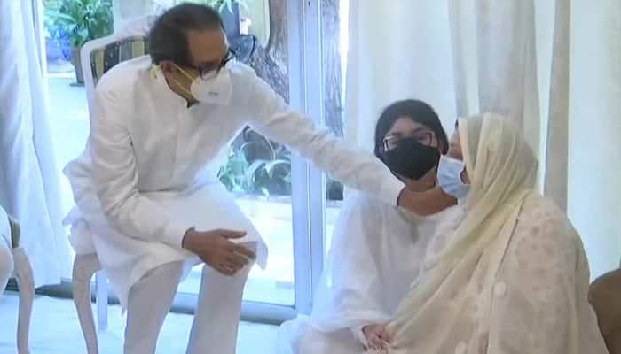 Maharashtra CM Uddhav Thackrey arrives at Dilip Kumar's residence, consoles Saira Banu