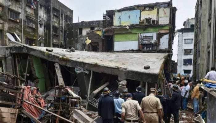 Maharashtra: Two injured as building collapses in Bhiwandi