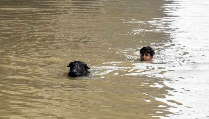 Yamuna water rises above 'warning' mark, extensive waterlogging, traffic congestion in Delhi