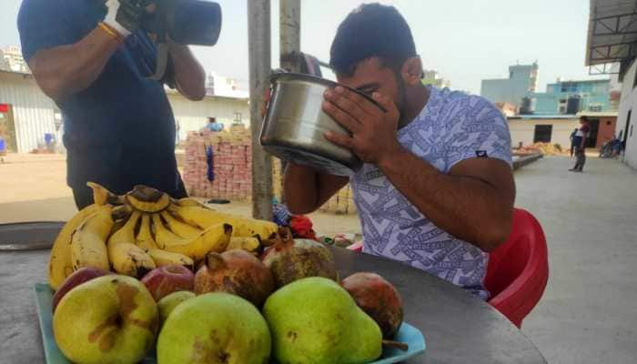 Indian wrestlers like Ravi Dahiya and Deepak Punia prefer Indian 'super food' over foreign supplements to meet their desired nutrition requirements. (Photo: Pooja Makar)