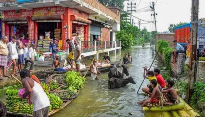 Bihar: Floods leave people displaced in Hajipur, damage crops in Saran