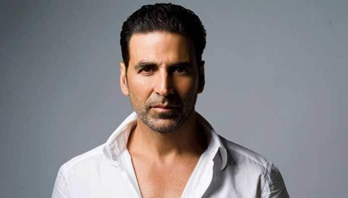 Akshay Kumar thanks fans for showing concern over his mother's ill health, says 'tough hour for me'